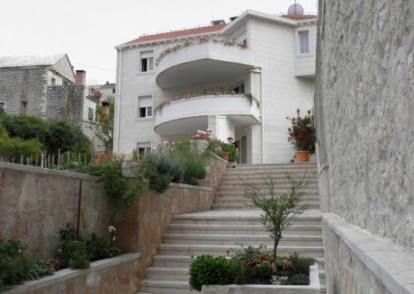 Apartment TM A2 Pucisca, Island Brac