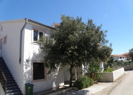 Apartment Mile A1 Jezera, Island Murter