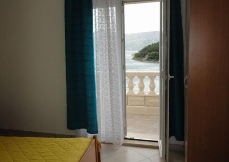Spacious apartment in the center of Pučišća with Parking, Internet, Washing machine, Air conditioning
