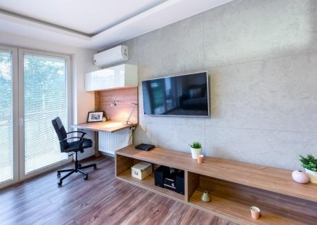 A2A luxury one bedroom apartment with patio!