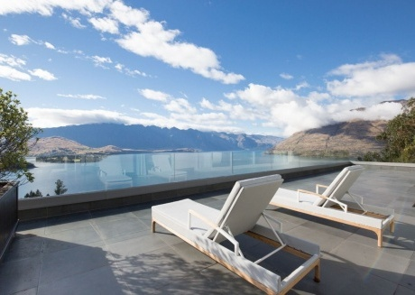 Queenstown Villa 6 - Majestic Views of Lake Wakatipu and Remarkable Mountain Ranges