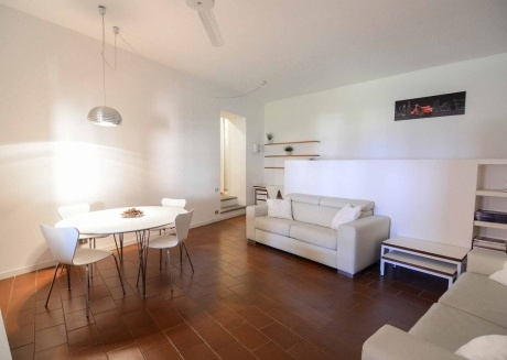 Spacious apartment in the center of Bellagio with Internet, Washing machine, Air conditioning, Terrace