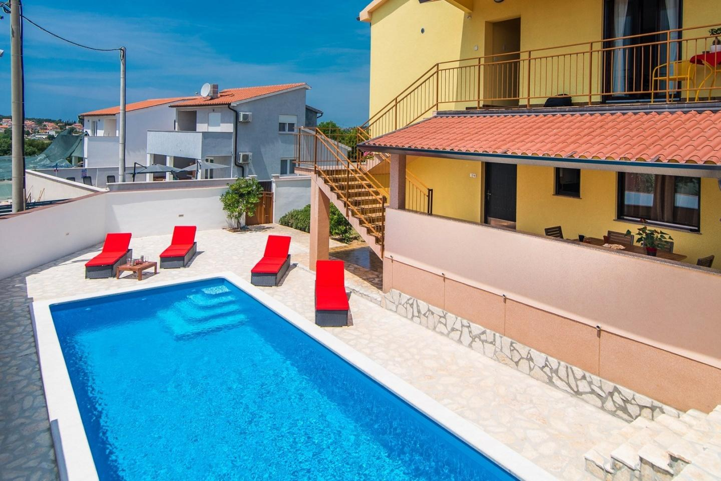 Spacious villa in Pula with Parking, Internet, ... Slide-3