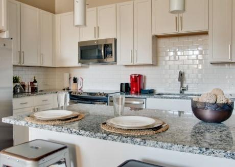 Perfection! Luxurious 1br Dilworth apt on Greenway
