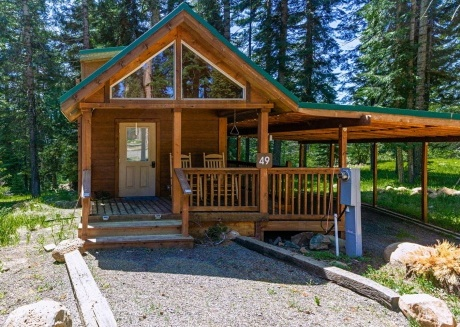 #49 The Cabins at Hyatt Lake - Sleeps 4 - Private