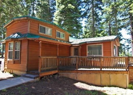#39 The Cabins at Hyatt Lake - Sleeps 6 - Hot Tub