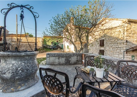 Charming stone built villa offers peace,privacy and tranquility in small village