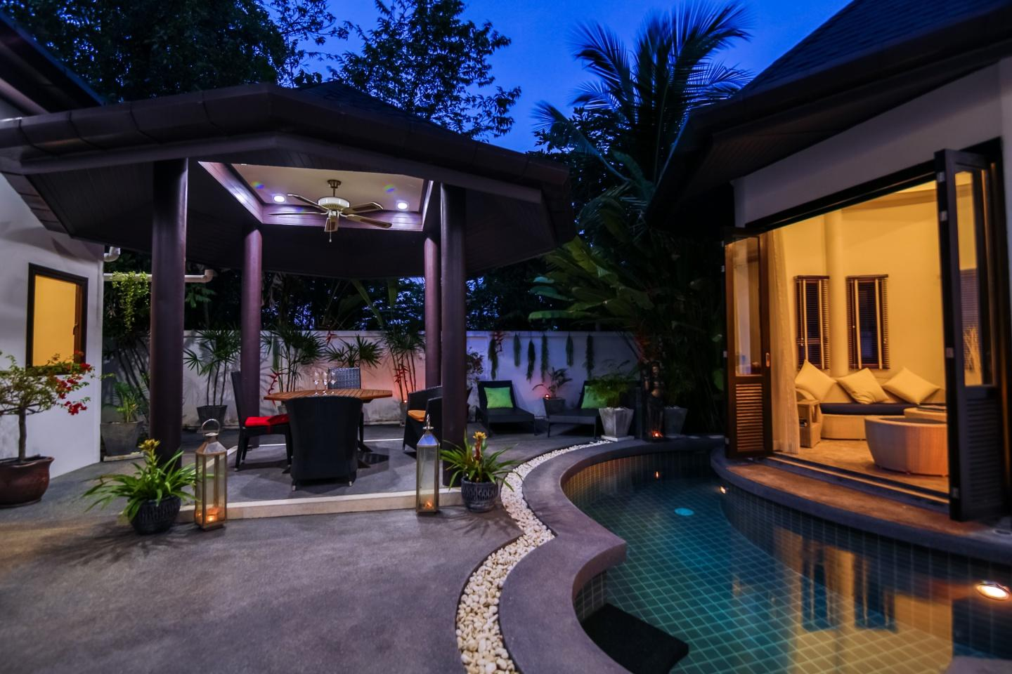 Tropical Balinese style 3 bedroom villa with pool Slide-1