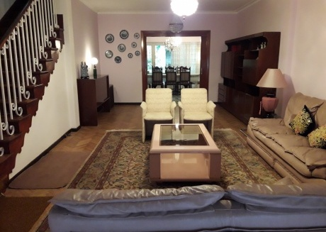 Spacious house very comfortable with garden and 3 bedrooms located in the area North Bs As