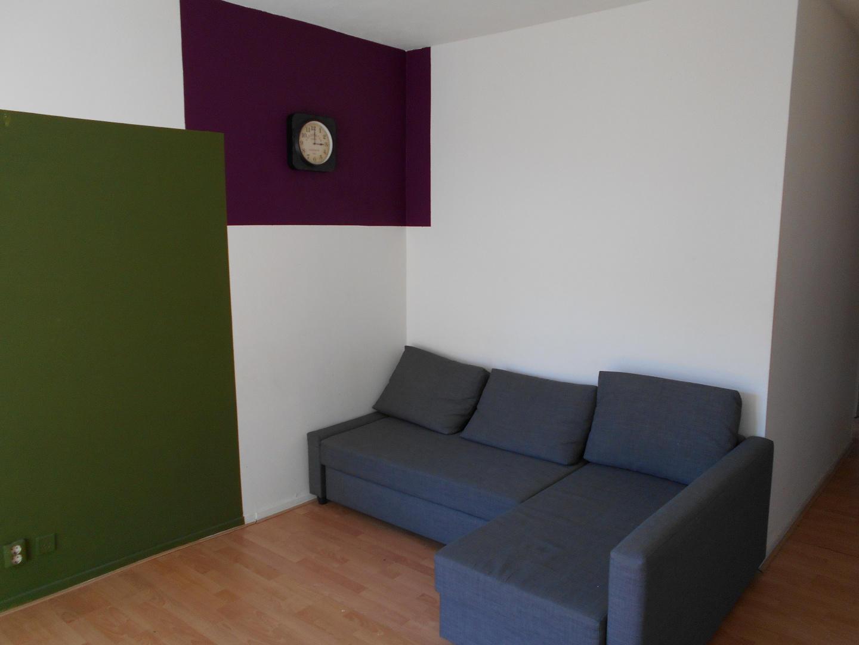 room offered in Amsterdam center Slide-5