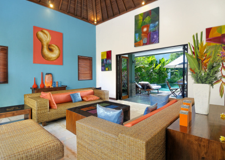 Luxury 3 bed Villa with Private Pool close to Echo Beach