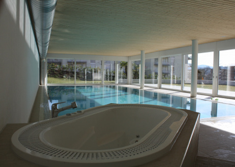 Indoor Swimming Pool, Sauna, Fitness, Private Gardens, Spacious Modern Apartment