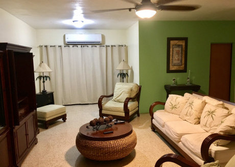 Spacious apartment in Ponce with Washing machine, Balcony
