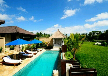 Cozy house close to the center of Ubud with Internet, Air conditioning, Balcony, Garden