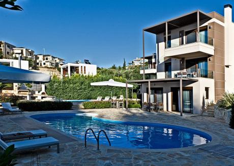 Spacious house in Parga with Internet, Pool, Balcony, Garden