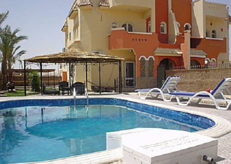 2 Bedroom Apartment With Private Swimmingpool