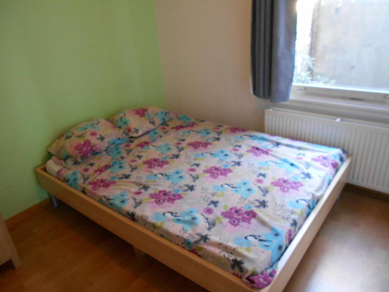 room offered in Amsterdam center Slide-20