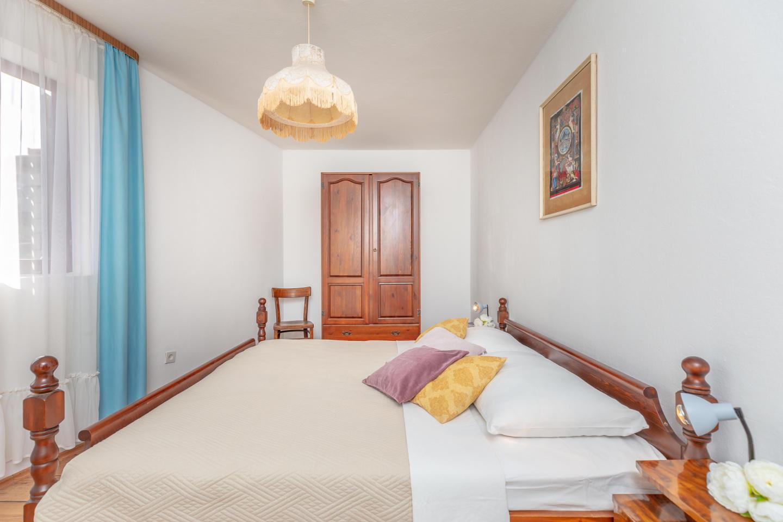 Apartment Gemma Slide-2