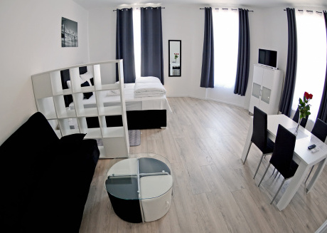 Cosy studio close to the center of Zagreb with Internet, Air conditioning
