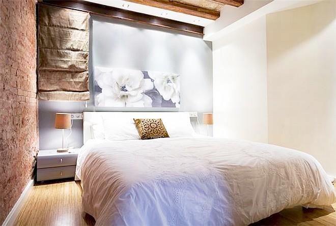 Zen Boqueria 1BR designer flat La Rambla - Bella 3 Slide-7