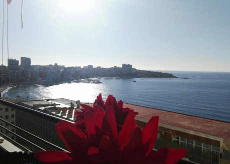 Cozy apartment close to the center of Alicante with Lift, Washing machine, Pool