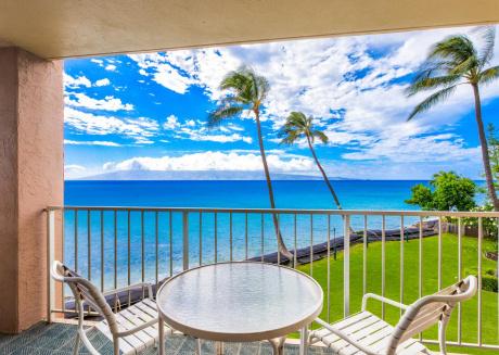 Royal Kahana Resort #210