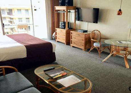 Royal Kahana Resort #804