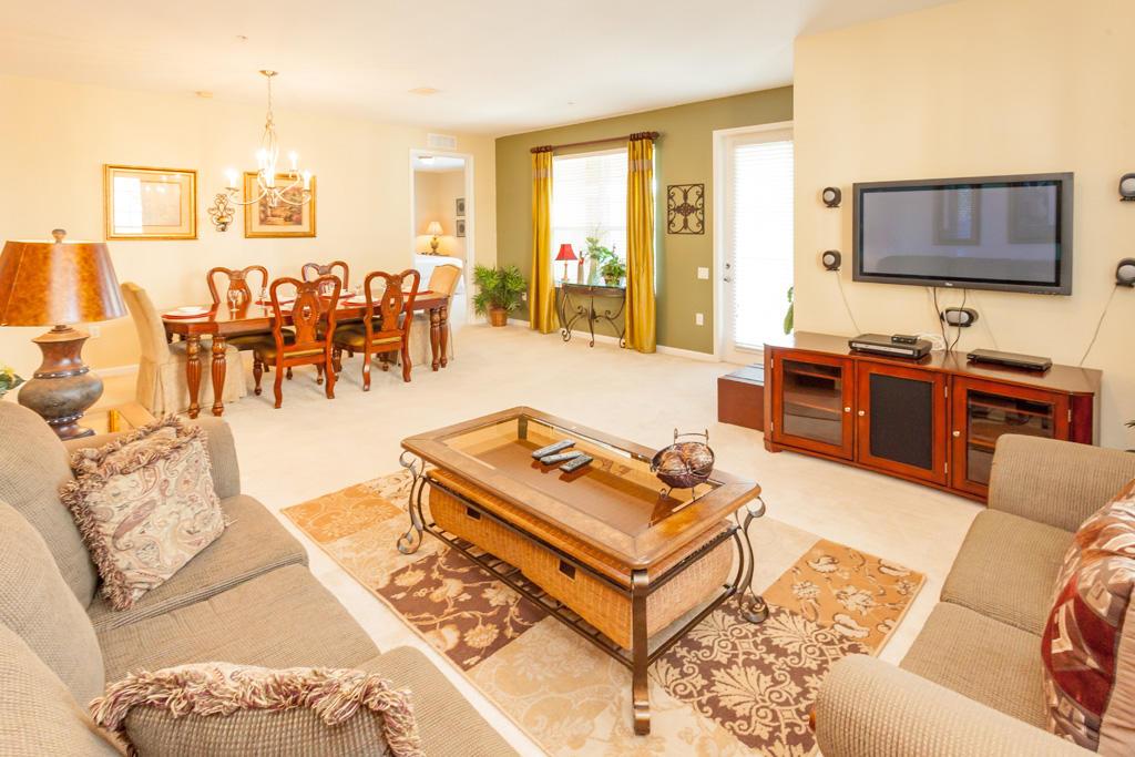 Vista Cay 3 Bed 2 Bath Premium l 1005 Slide-3