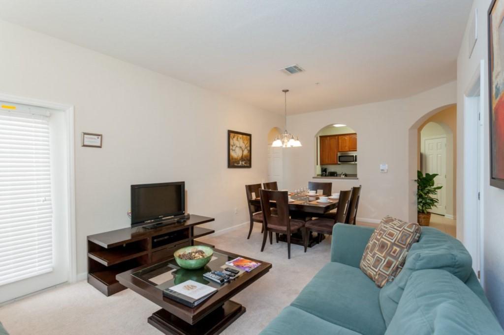 4102#309 Vista Cay 3 Bedroom Condo Slide-3