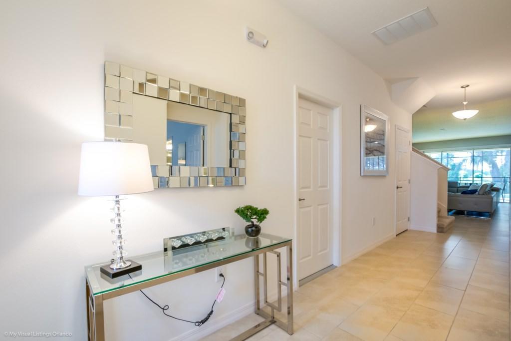 6116BOD Amazing 9  Bedroom 7 Bathroom  Resort Prop Slide-3