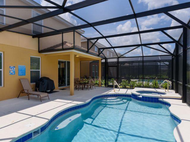 5 Bedrooms/4 Bathrooms Solterra Resort (5172OA) Slide-3