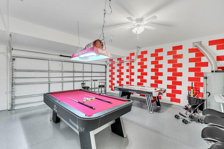 5 Bedrooms/4 Bathrooms Solterra Resort (5357OA) Slide-2