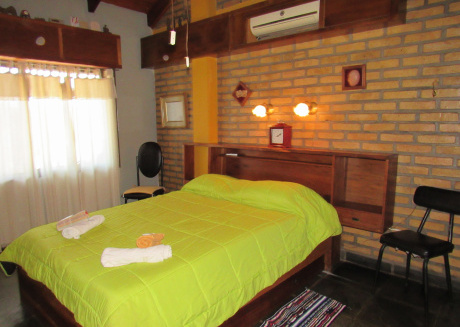 Bottega Ñau Tata for 4 or 5 people (double bed and 3 single beds)