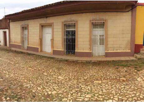 Colonial House Lazara Borrell