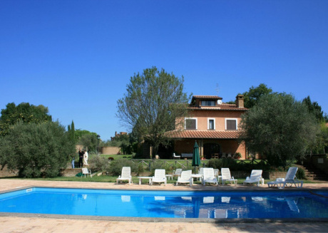 Spacious villa in Corchiano with Parking, Internet, Washing machine, Pool