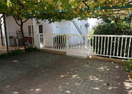 Cozy apartment in the center of Bašanija with Parking, Internet, Air conditioning, Balcony