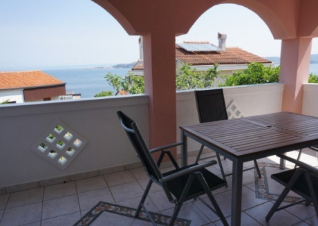 Cozy apartment in the center of Crveni Vrh with Parking, Internet, Washing machine, Air conditioning