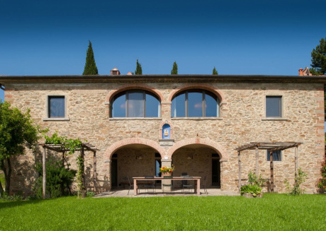 Spacious villa in Arezzo with Parking, Internet, Washing machine, Air conditioning