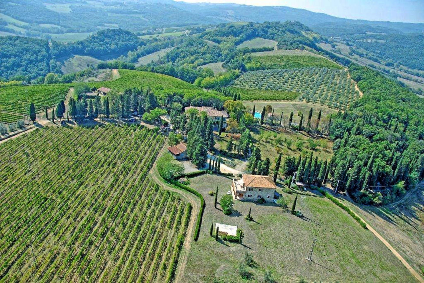 Cozy apartment in San Gimignano with Parking, I... Slide-2