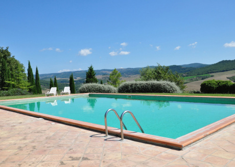 Spacious apartment in Acquapendente with Parking, Internet, Washing machine, Pool