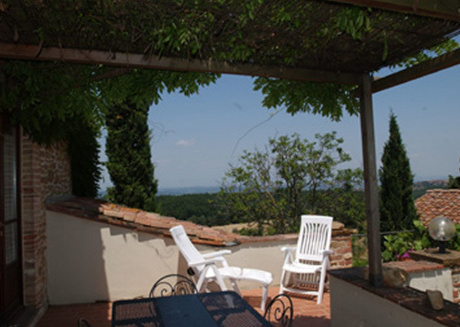 Spacious apartment in Montaione with Parking, Internet, Pool, Garden