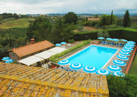 Spacious apartment in Montaione with Parking, Internet, Washing machine, Pool