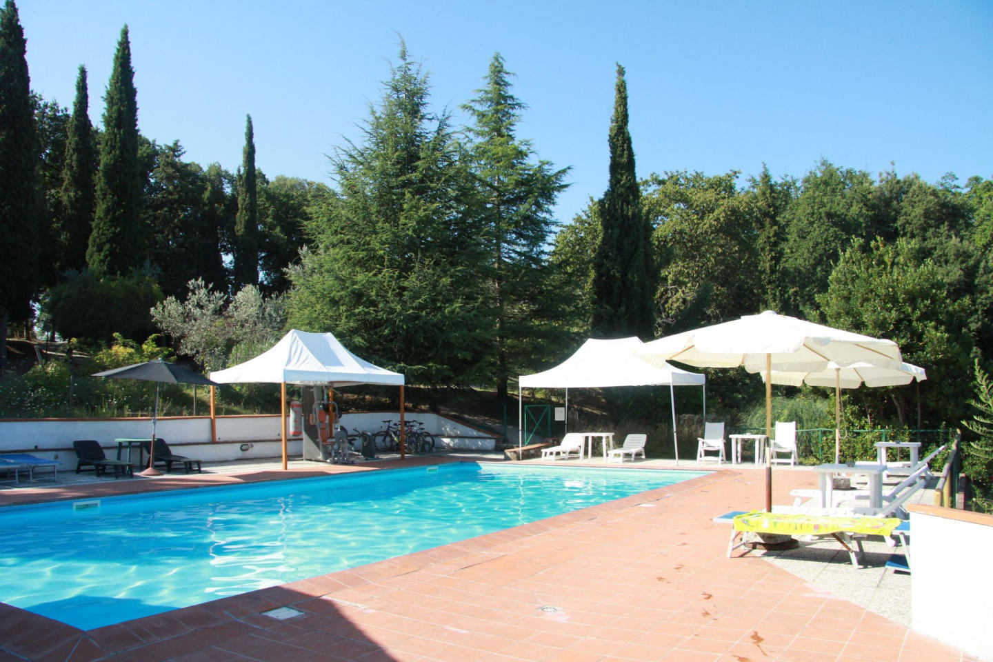 Spacious apartment in San Gimignano with Parkin... Slide-2