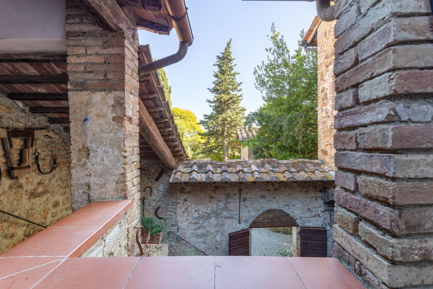 Cozy apartment in San Gimignano with Parking, I... Slide-1