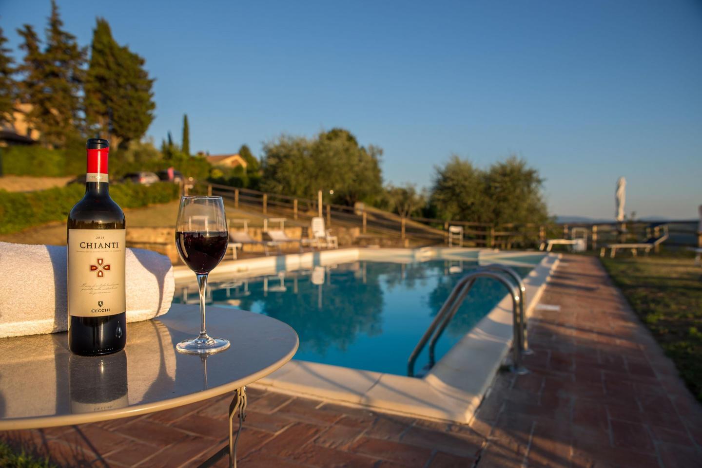 Spacious apartment in San Gimignano with Parkin... Slide-2