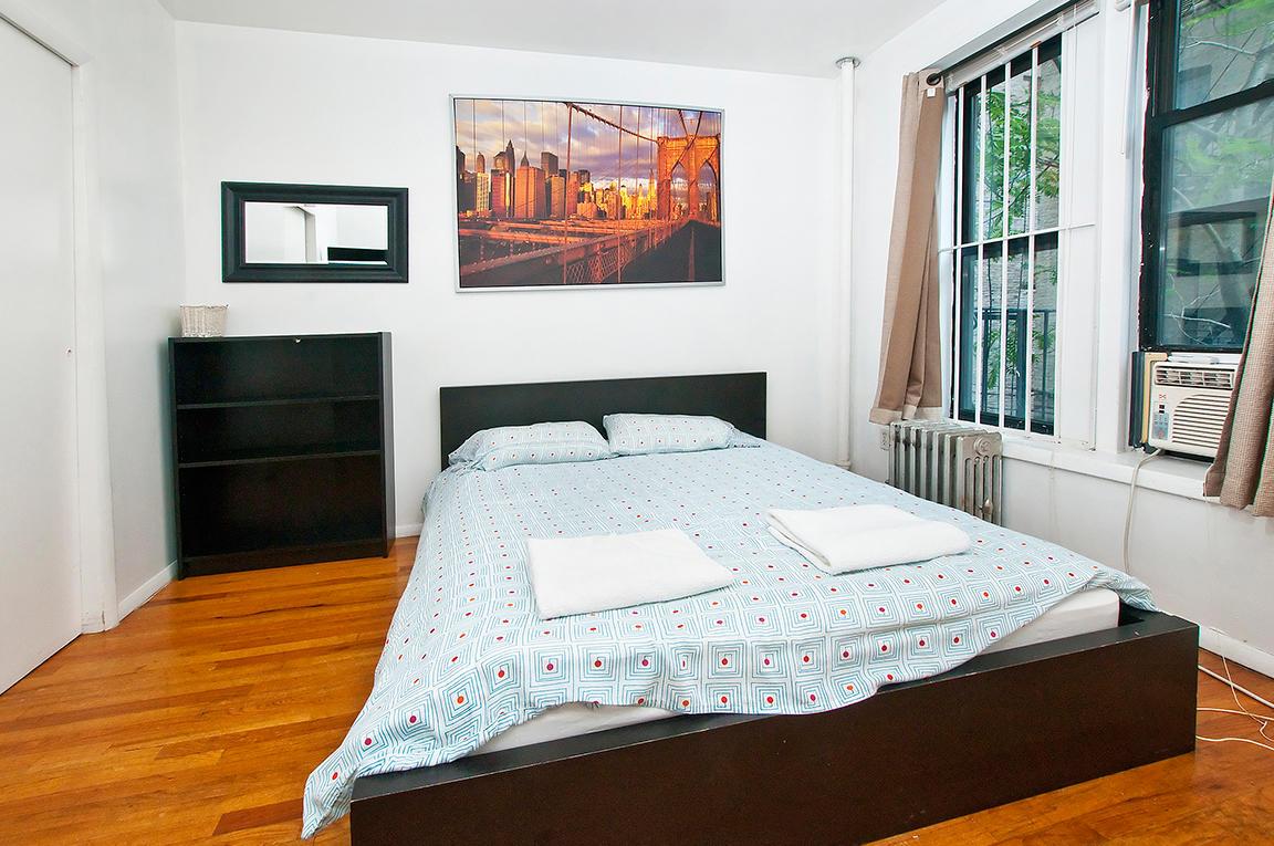 UES 2 BR no Living Room 339#2E (Min 30 Days) Slide-1