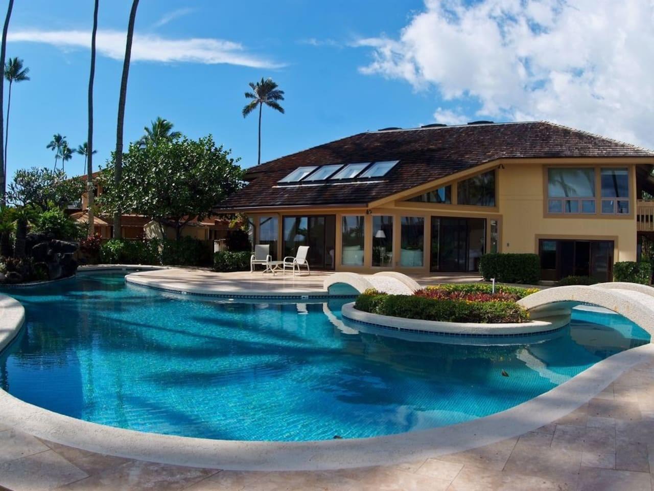 Cozy house in Honolulu with Parking, Internet, ... Slide-1