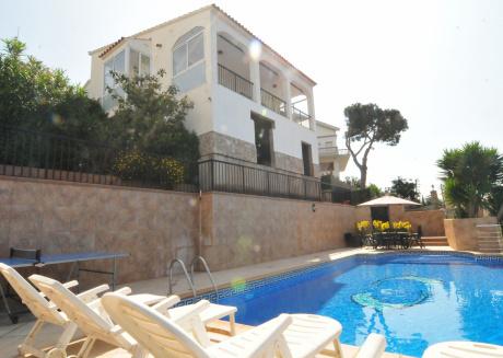 Cozy villa in Santa Susanna with Washing machine, Pool, Terrace