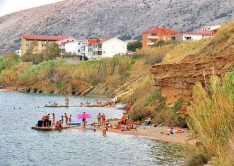 Spacious apartment close to the center of Pag with Parking, Internet, Balcony, Terrace