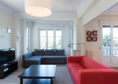 Cozy apartment very close to the centre of San Sebastián with Lift, Internet, Washing machine, Terrace